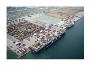 Nueva terminal semiautomática del Puerto de Barcelona