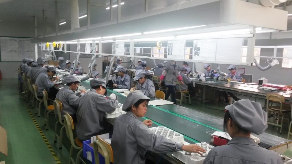 Luckyarn fabrica e importa sus propios productos LED certificando el ahorro de energía cercano al 60%
