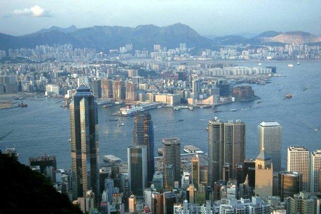 Ahora importaciones de China a menor escala, cantidades y mejor calidad por un proceso productivo más cuidado y pausado. Ahora es el momento con Luckyarn!