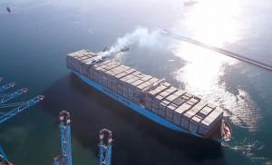 Luckyarn realiza importaciones de China utilizando los mayores y más rápidos cargueros del mundo.
