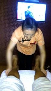 Recomiendo que si viajáis a China no dejéis pasar la oportunidad de probar el famoso y relajante masaje de pies